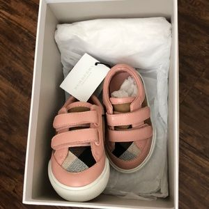 Baby girl Burberry sneakers